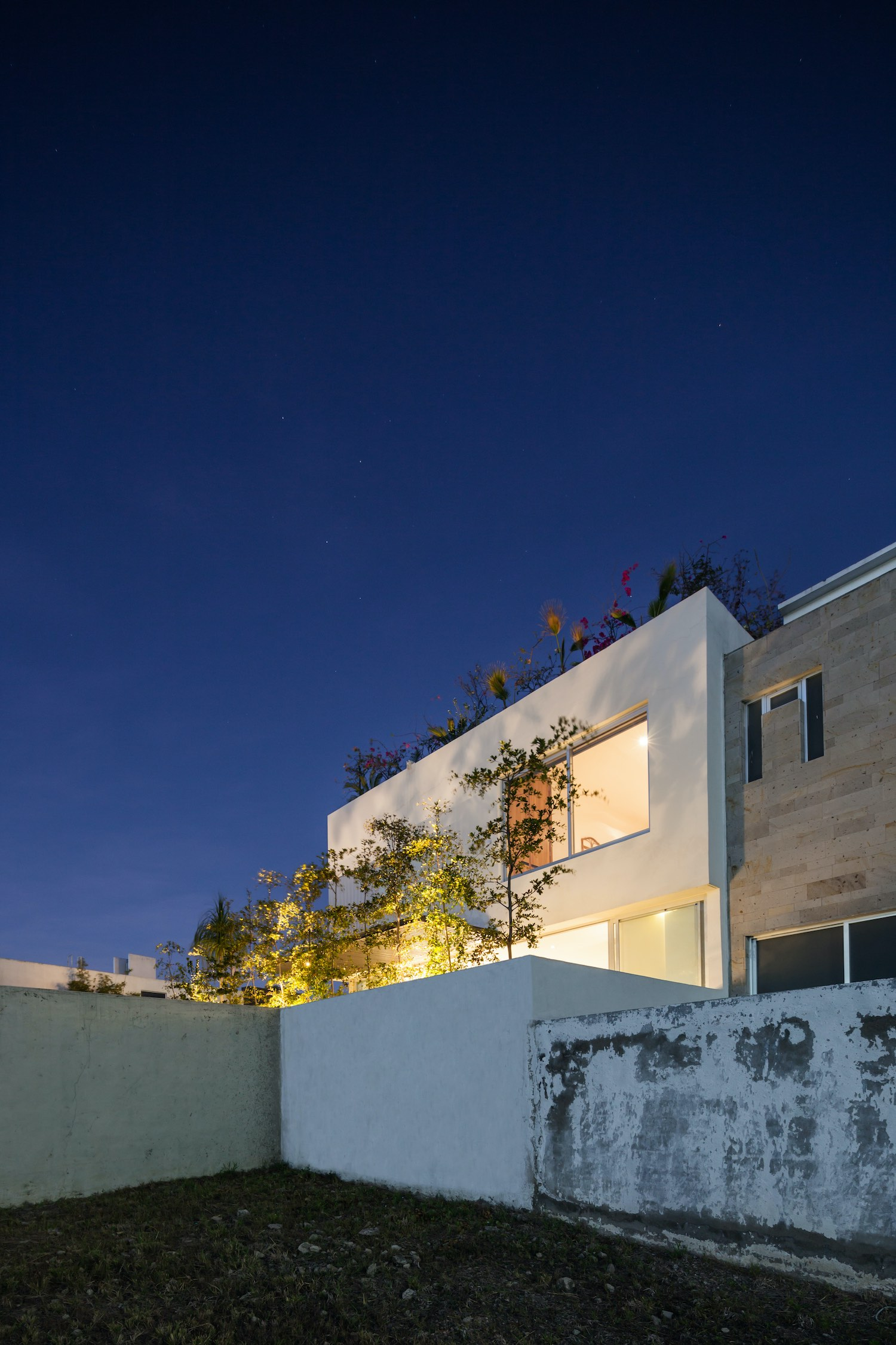 225 House in Jalisco, Mexico by 21 Arquitectos