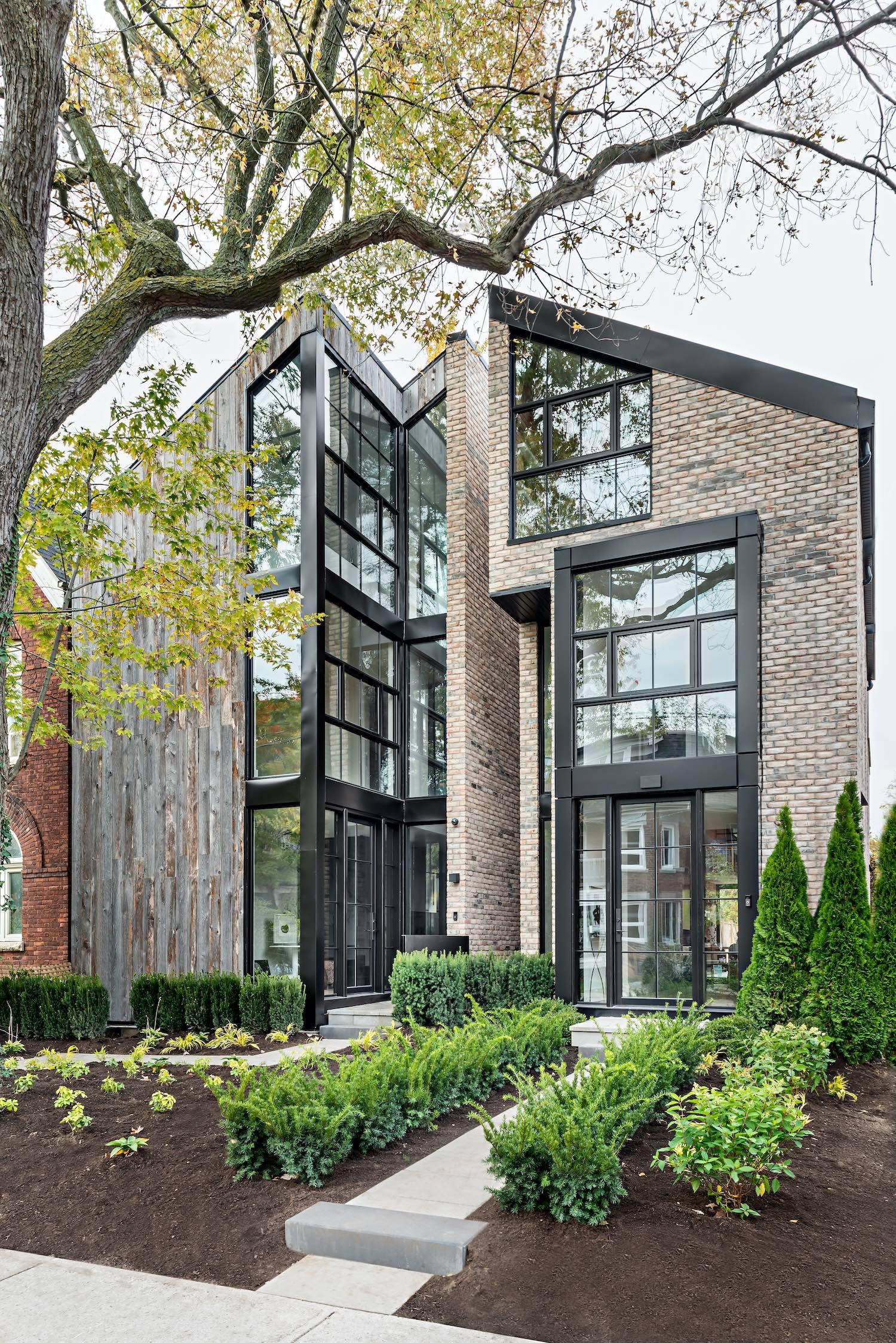 Sorauren 118 in Toronto, Canada by Ancerl Studio