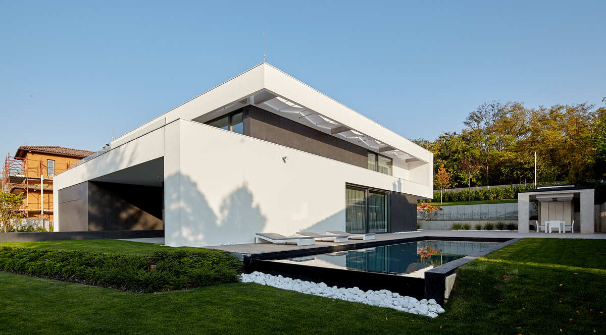 Bold, rather than brash, a luxury house by Benyei Architectural Studio