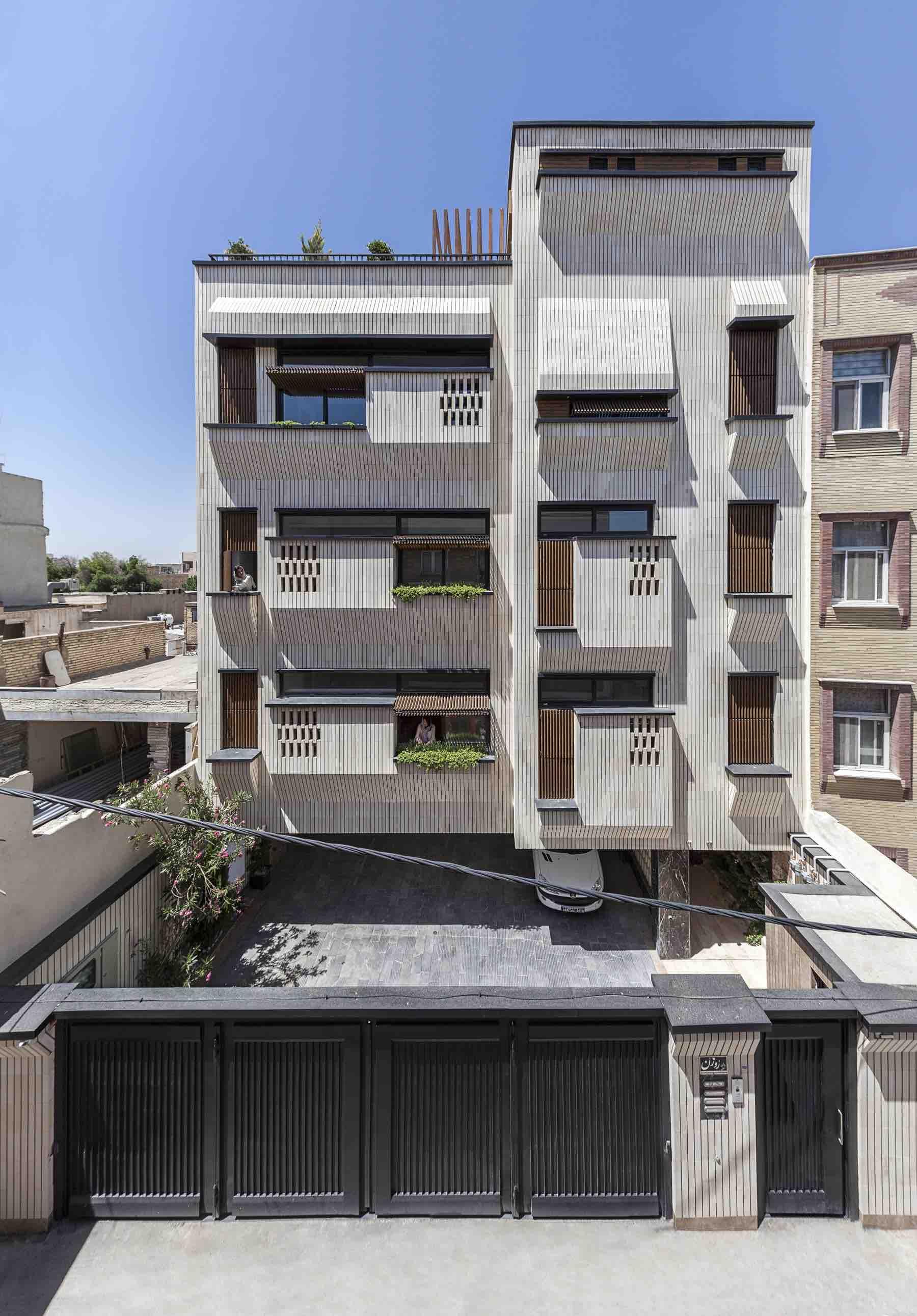 Rouzan_Residential_Building_Sayed_hamed_jafari_Charchoob_Architecture_Office_001.jpg