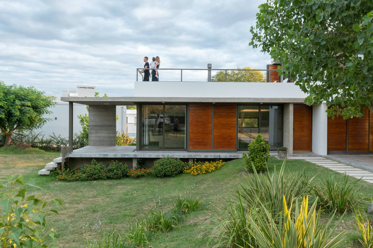 spouse on the roof of the concrete house