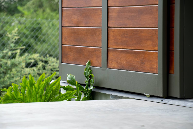 slide door detail