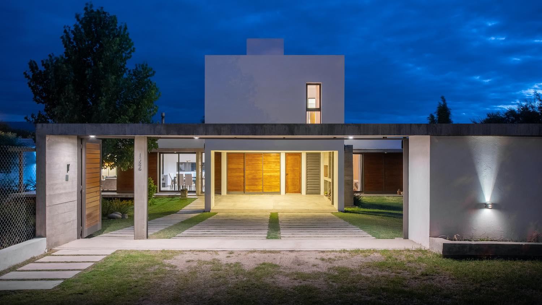 PM House in Córdoba, Argentina designed by Estudio Di-AM Arquitectura