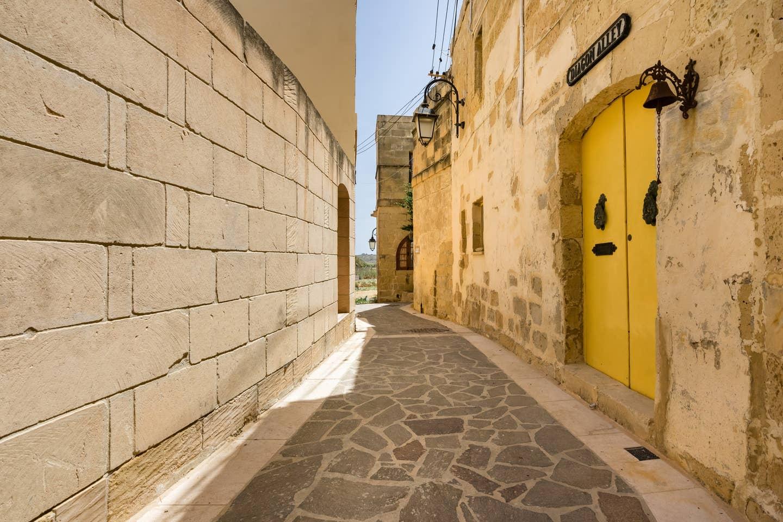narrow mediterranean alley