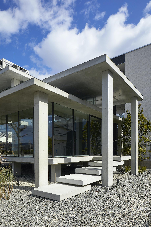 a concrete coffeeshop in hiroshima