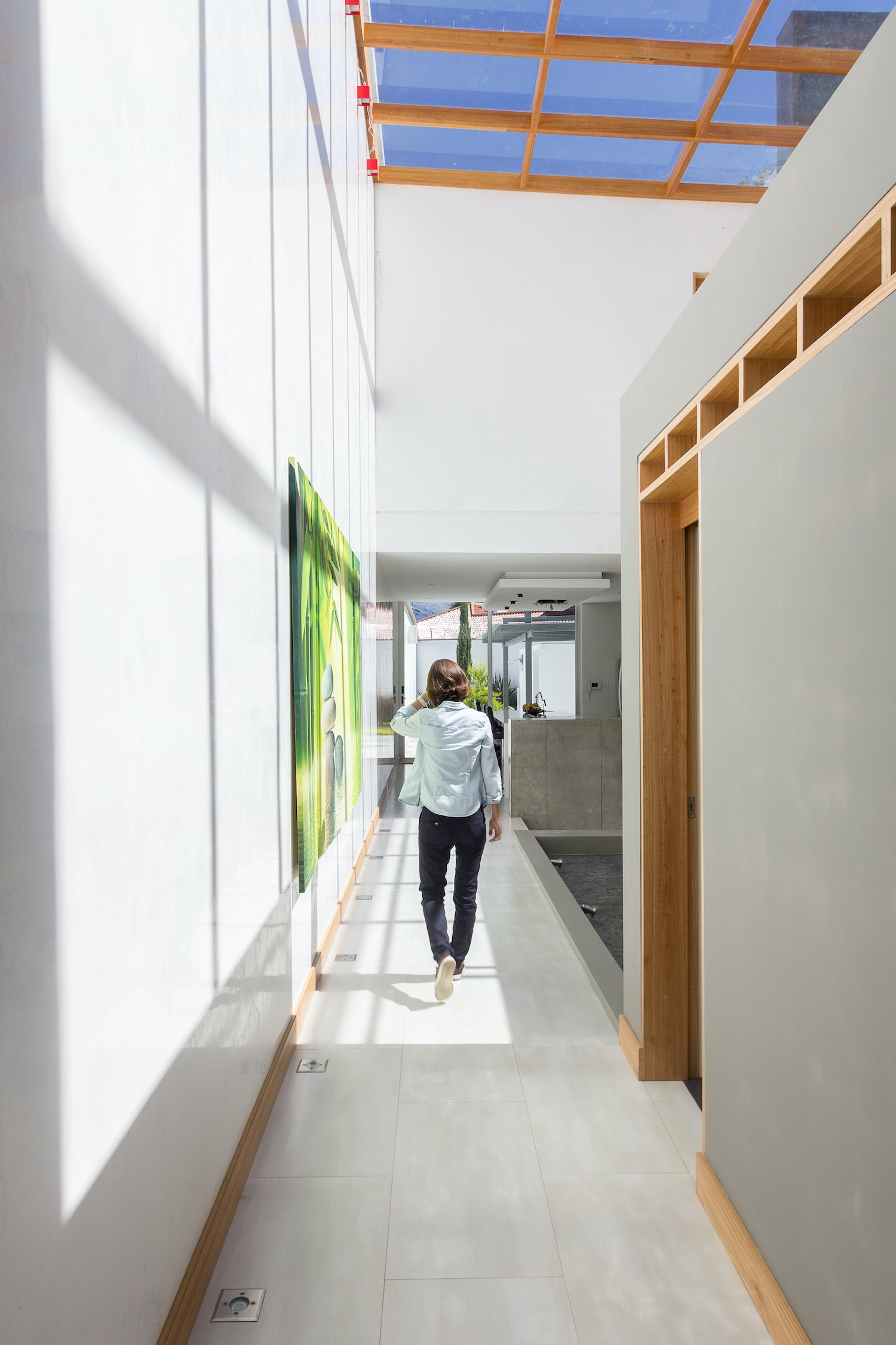 woman walking in the corridor