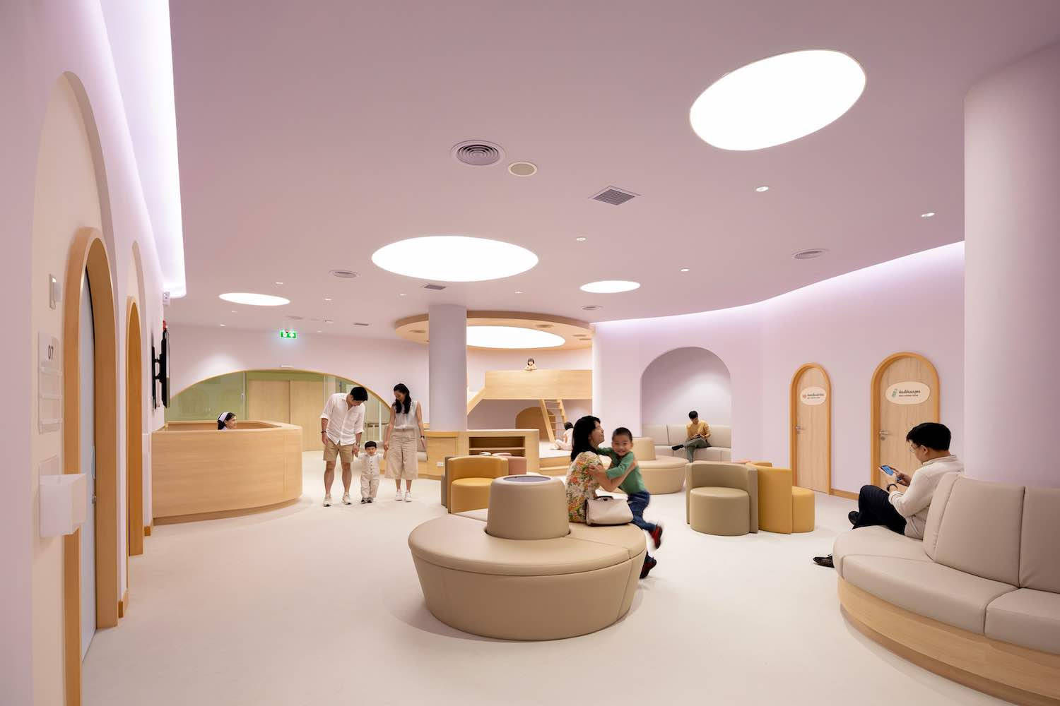 EKH Children Hospital by IF (Integrated Field) + S:CSB Co.,Ltd