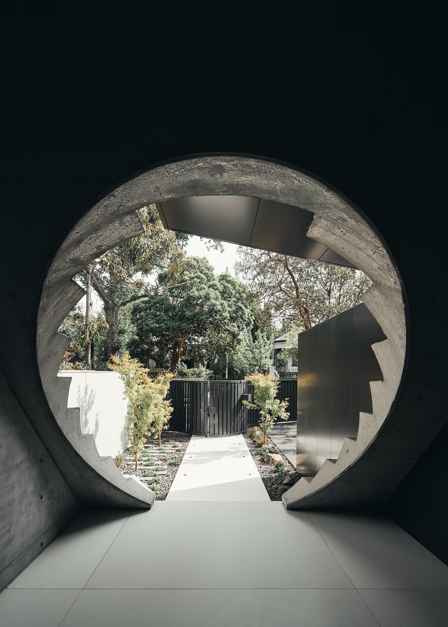 circular entrance of the house