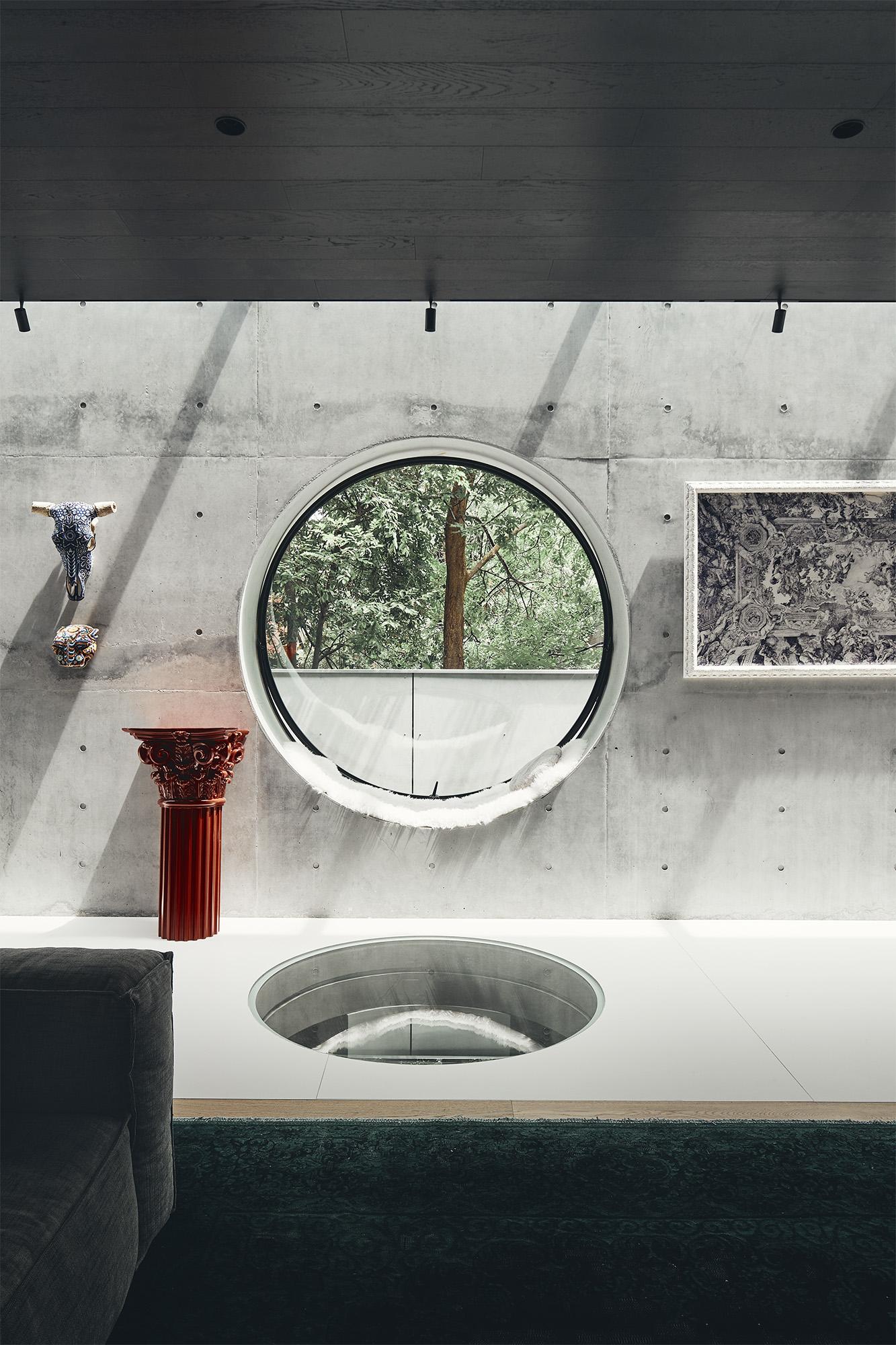 circular bathroom window