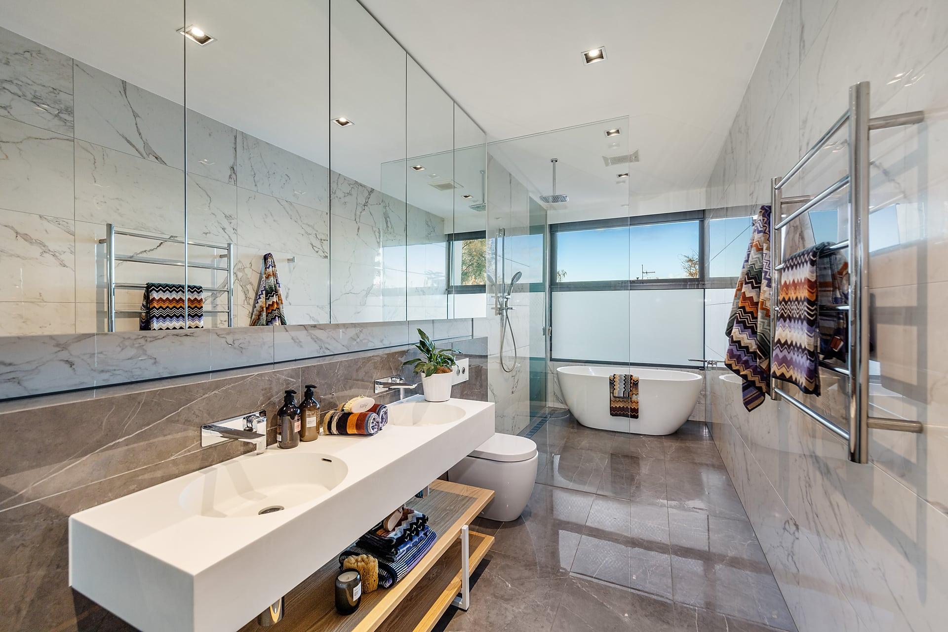 bathroom washing basin made of ceramic