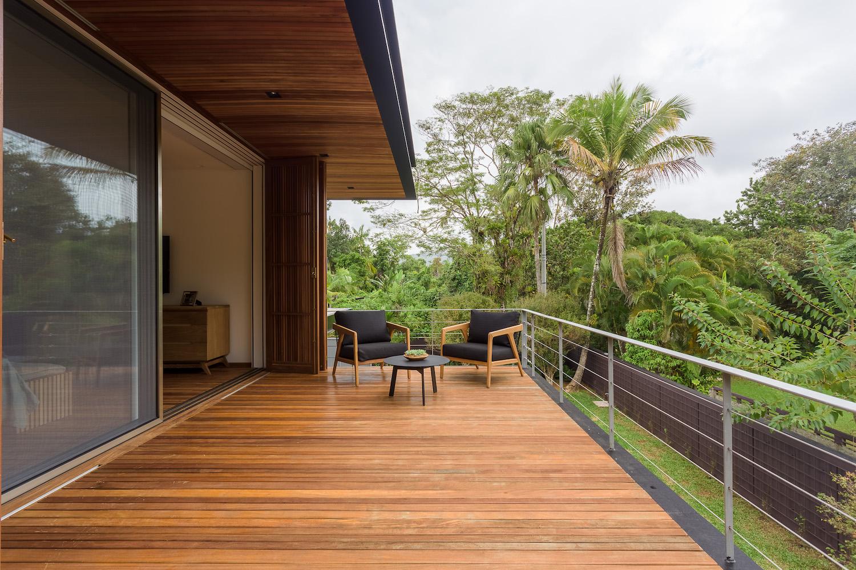 terrace with parquet floor has a spectacular landscape view
