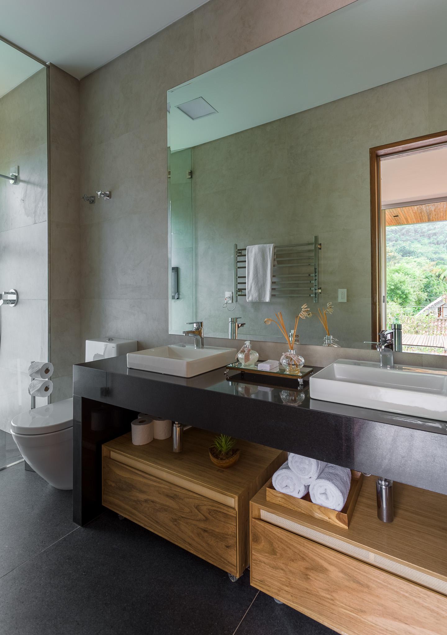 bathroom washing basin