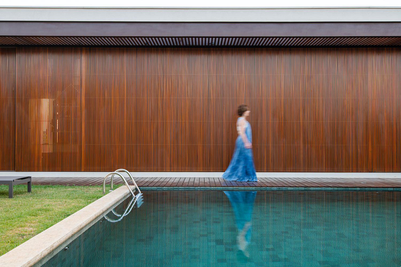 KT House in São Carlos, Brazil designed by lb+mr