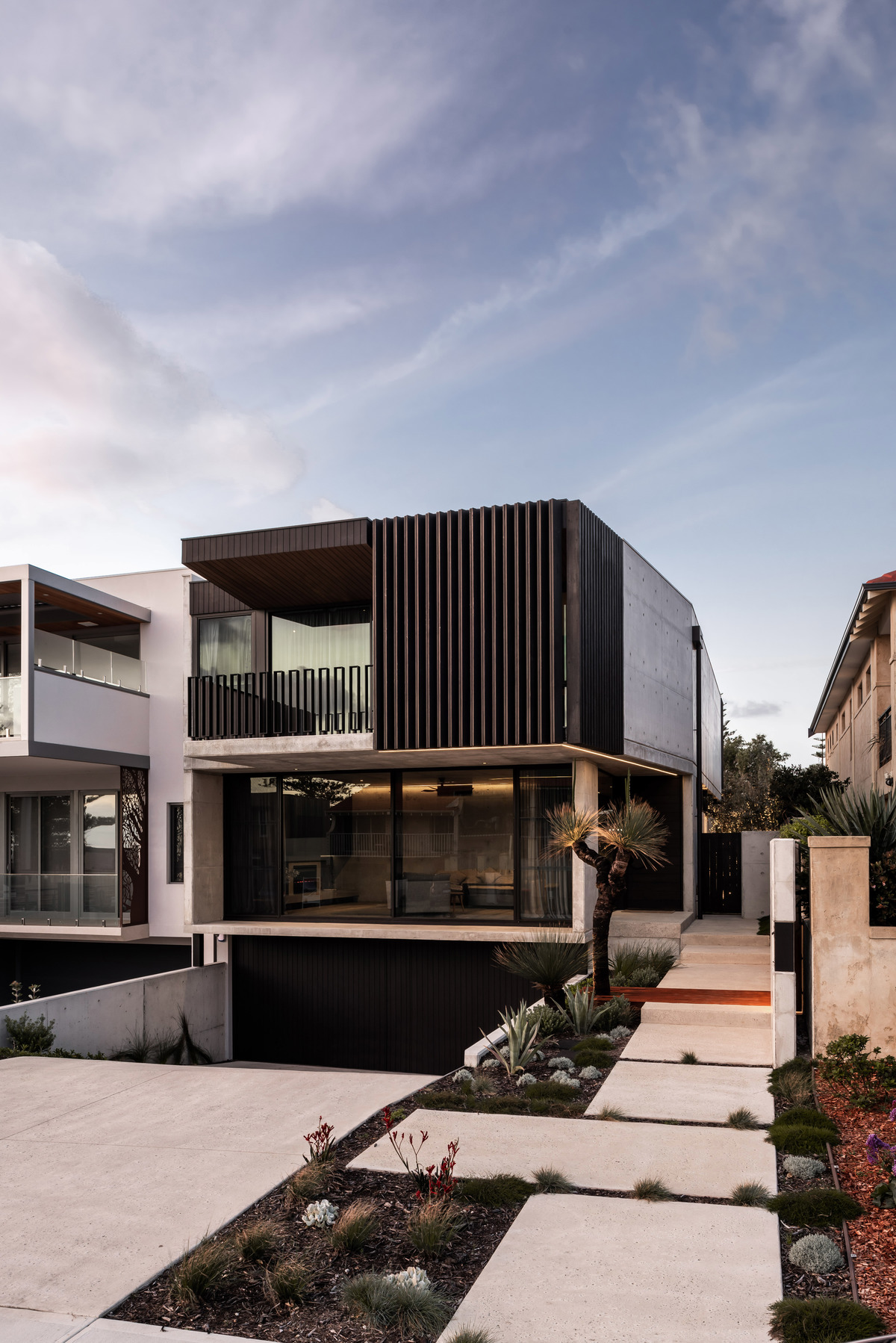 Vodka_Palace_Marcus_Browne_architect_AmazingArchitecture_Australia_003.jpg