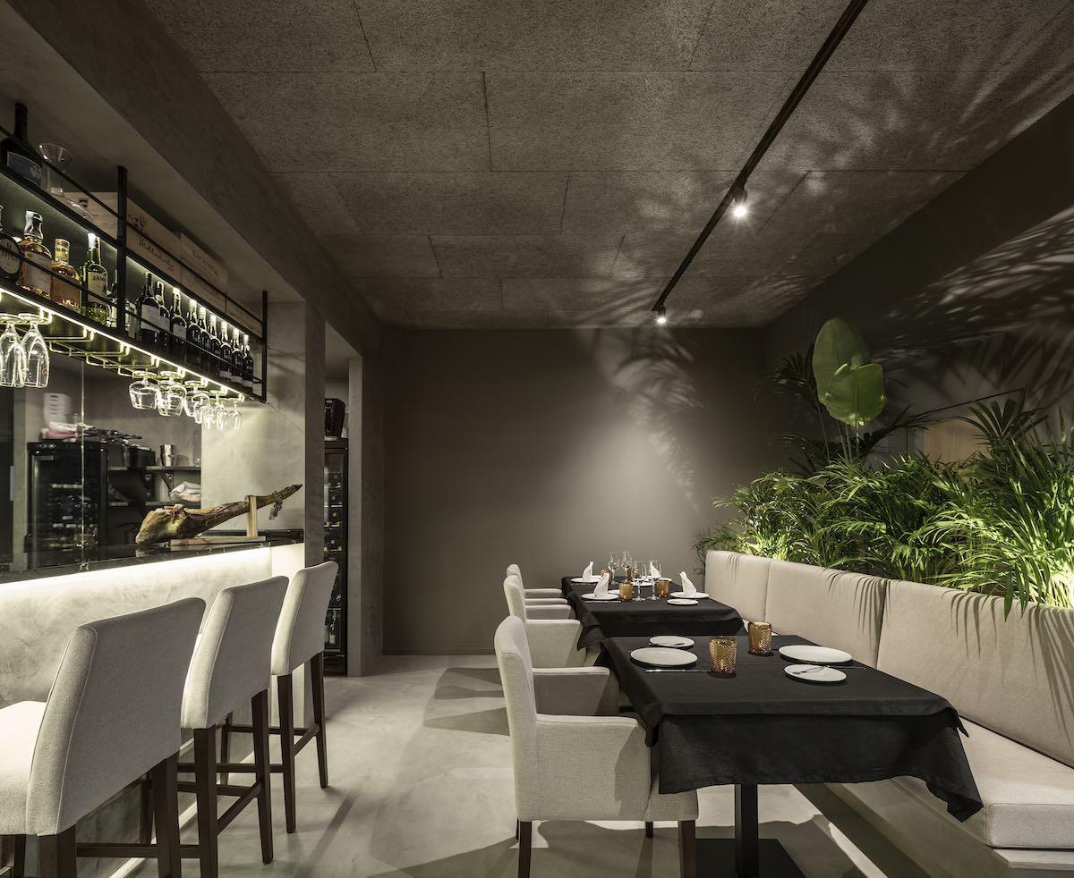 FAMA_Restaurant_Paulo_Martins_Arquitectura_and_design_AmazingArchitecture_%20001.jpg