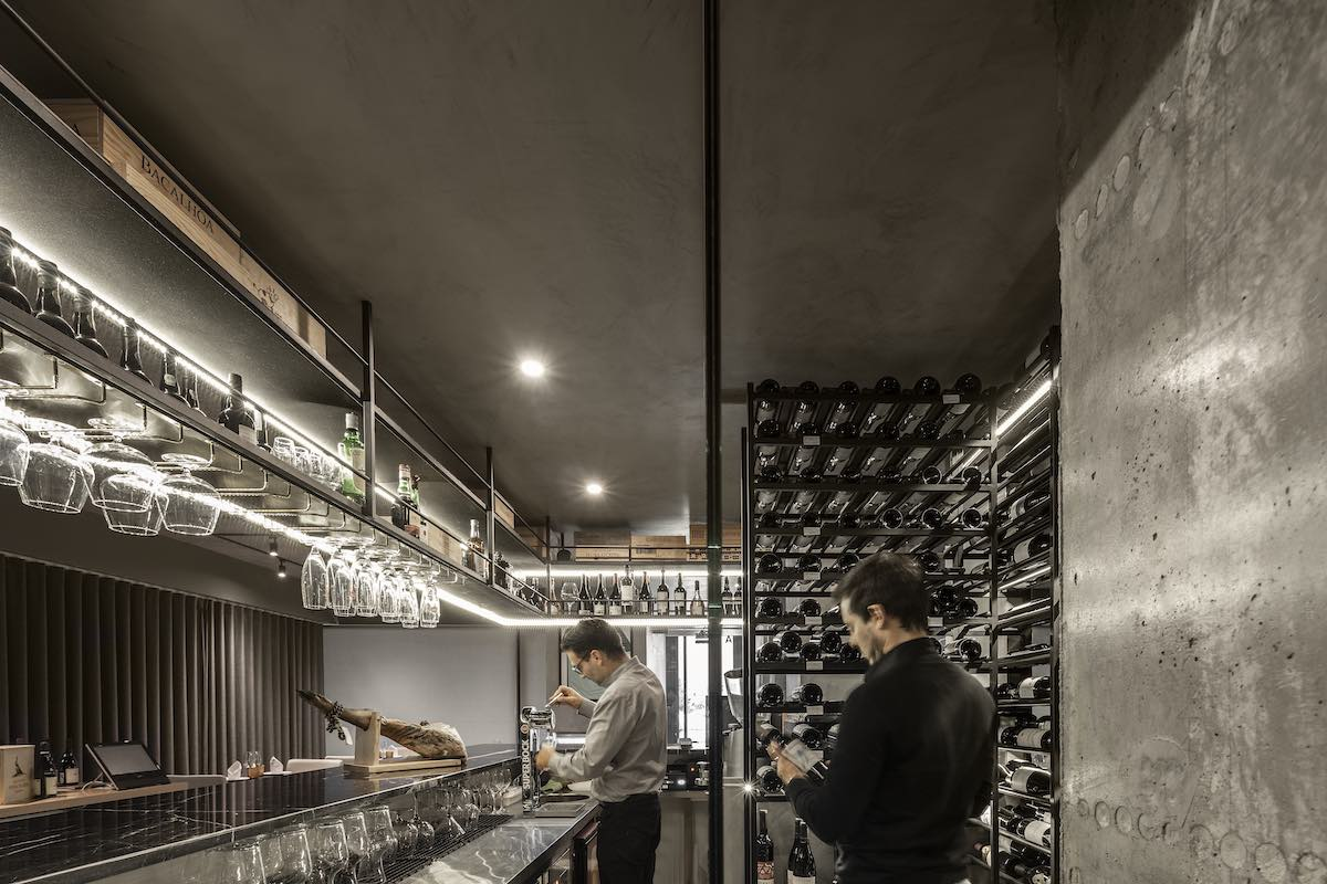 FAMA_Restaurant_Paulo_Martins_Arquitectura_and_design_AmazingArchitecture_%20002.jpg