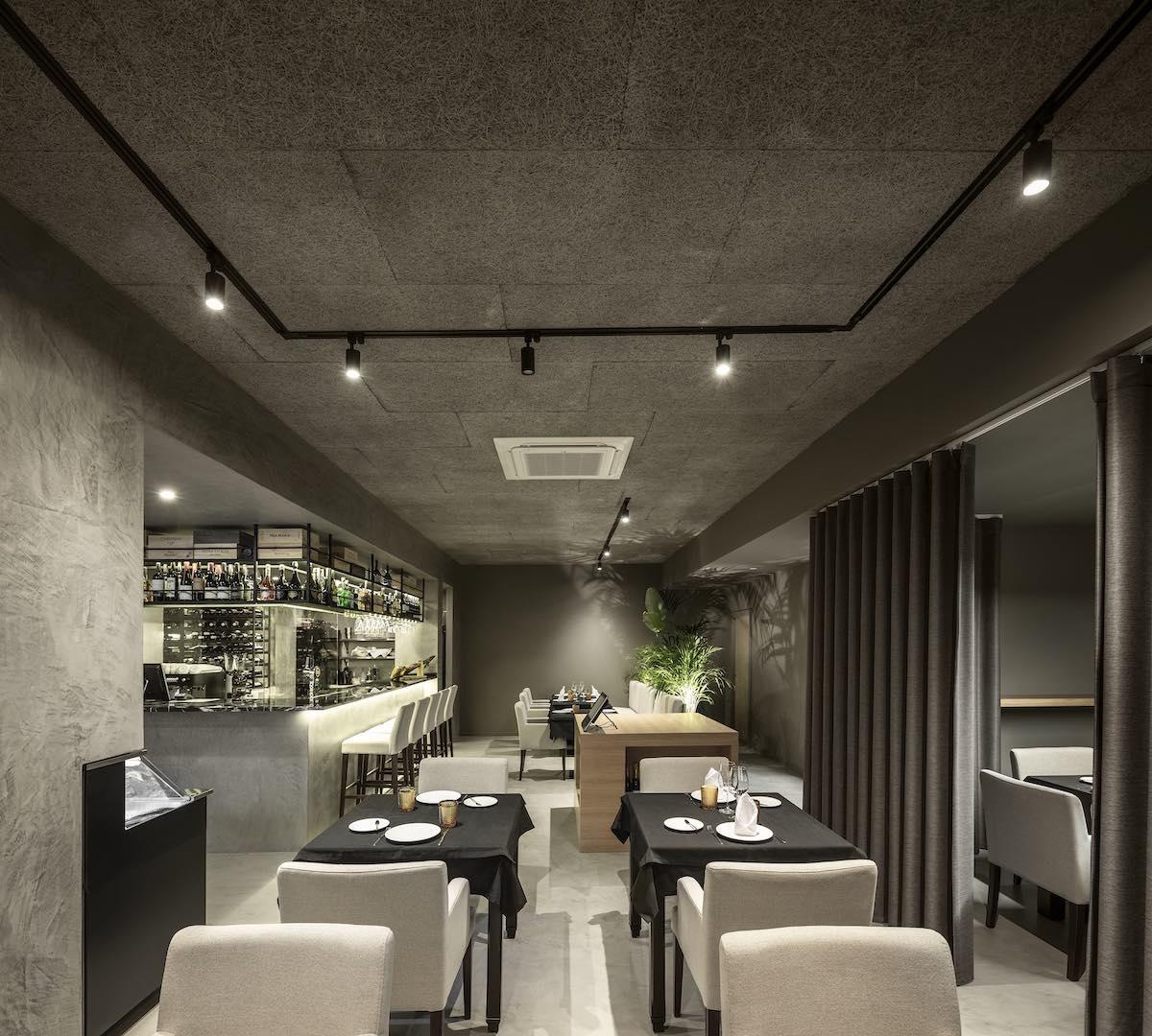 FAMA_Restaurant_Paulo_Martins_Arquitectura_and_design_AmazingArchitecture_%20004.jpg