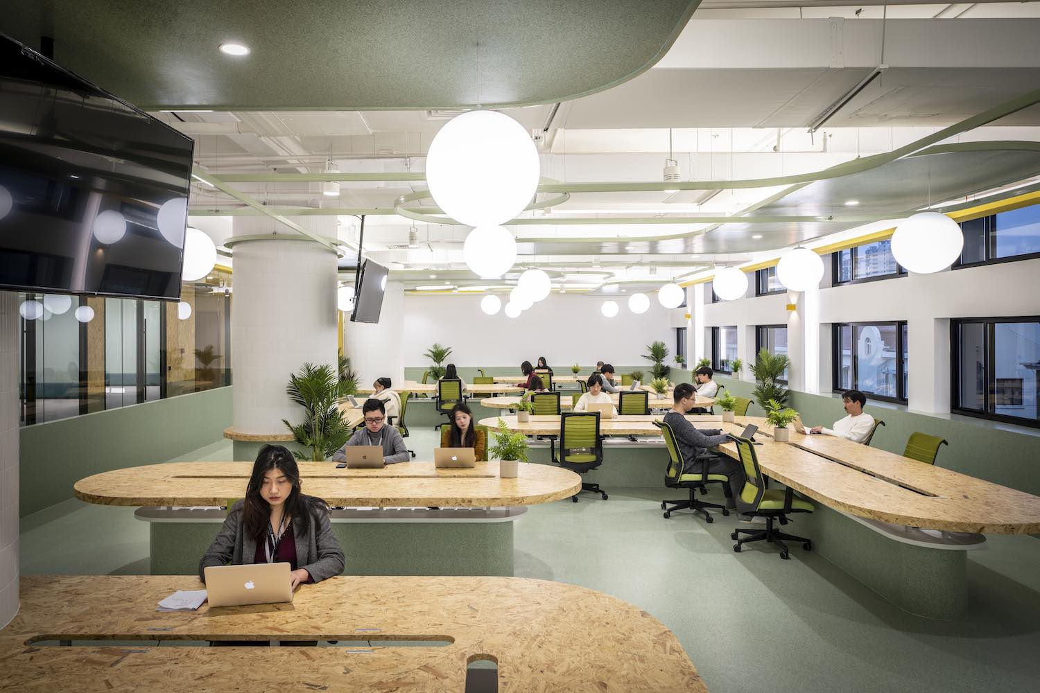 employees are working on desks
