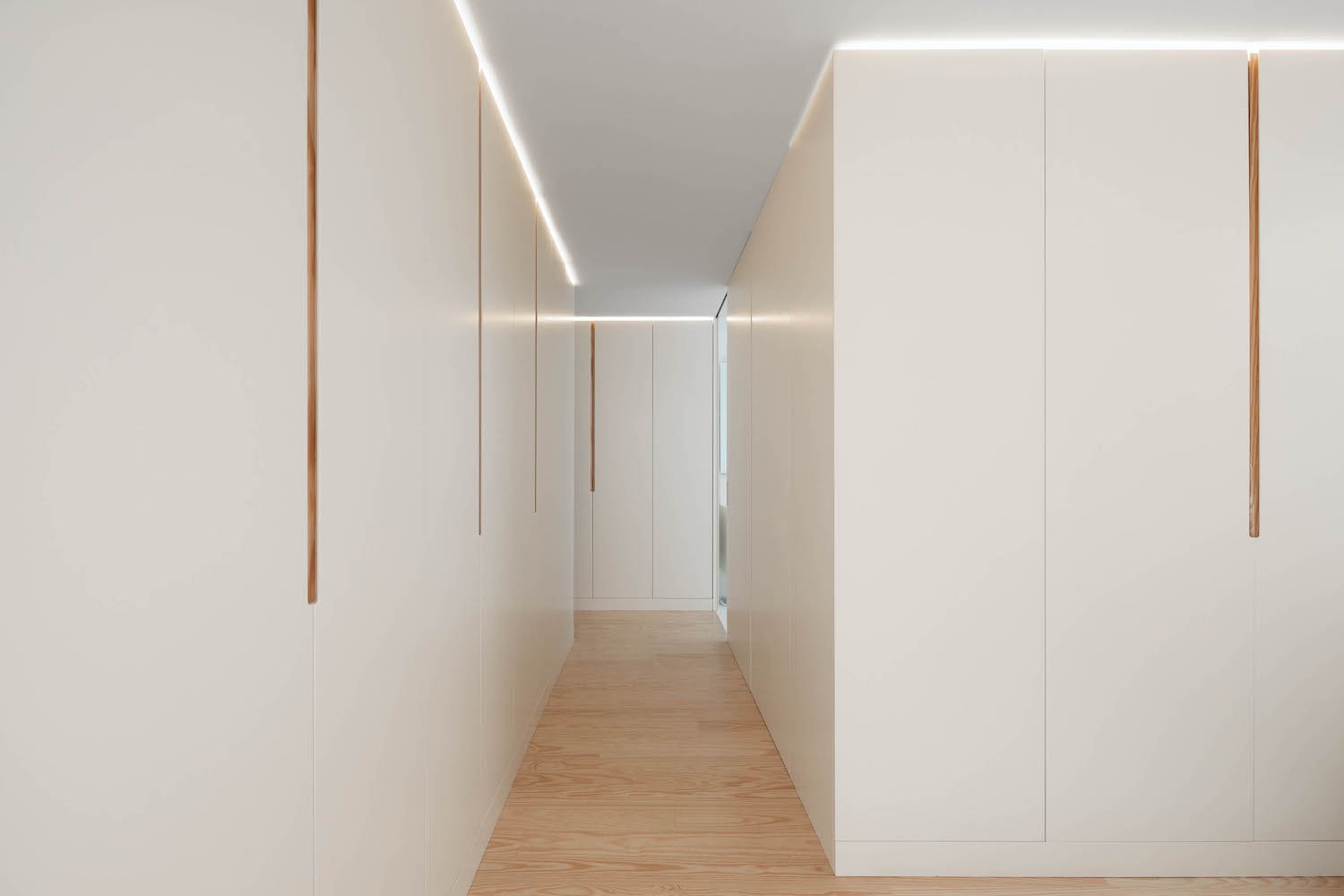 white wall used in this corridor