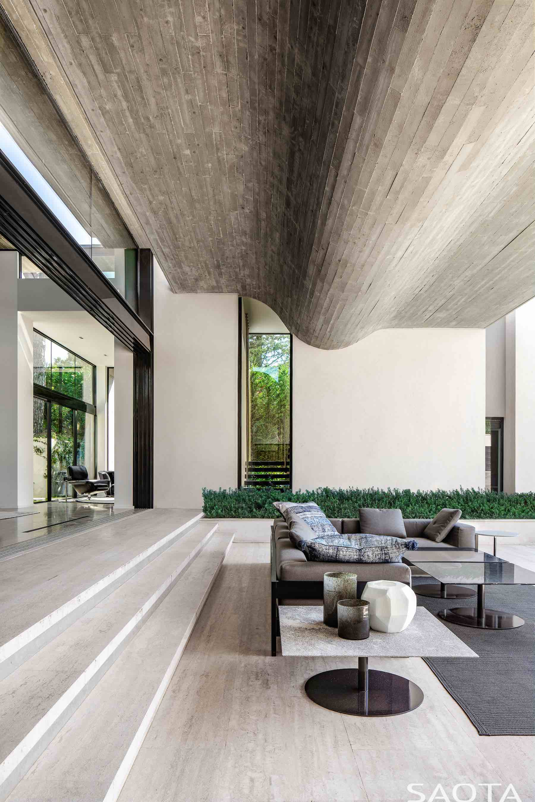 folded floating concrete roof