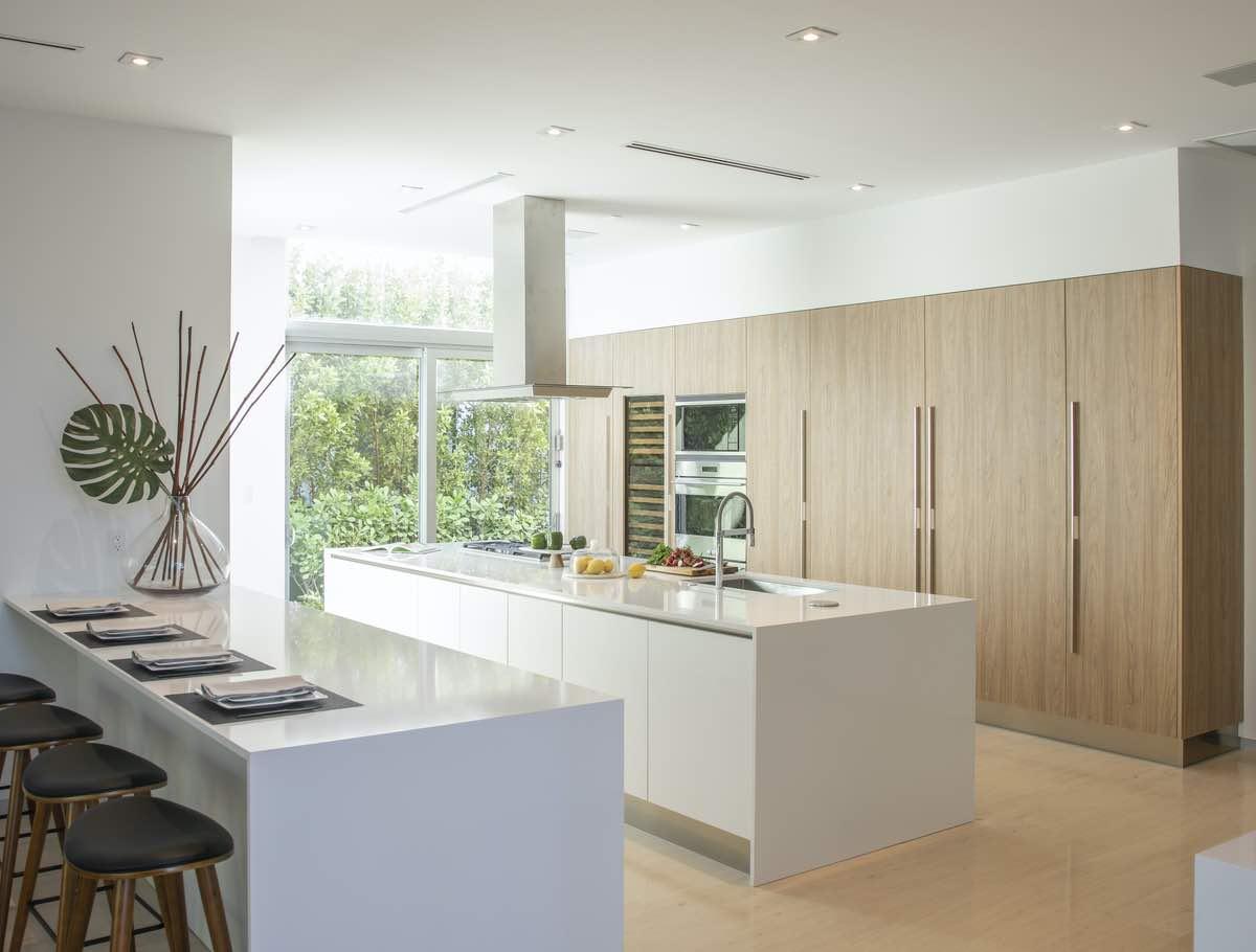 modern glossy kitchen