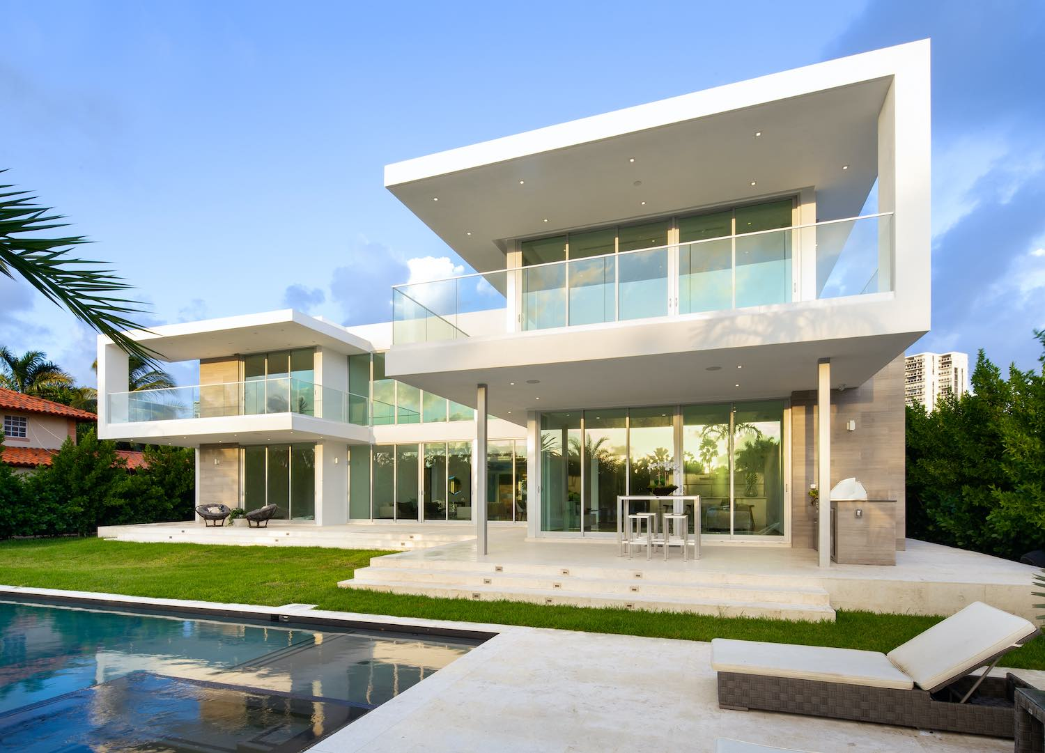 modern house with swimming pool in Miami