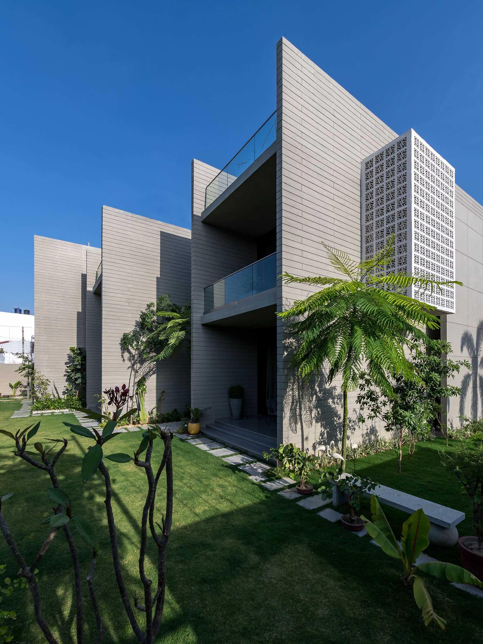 18_Screens_Sanjay_Puri_architects_india_amazingarchitecture_005.jpg