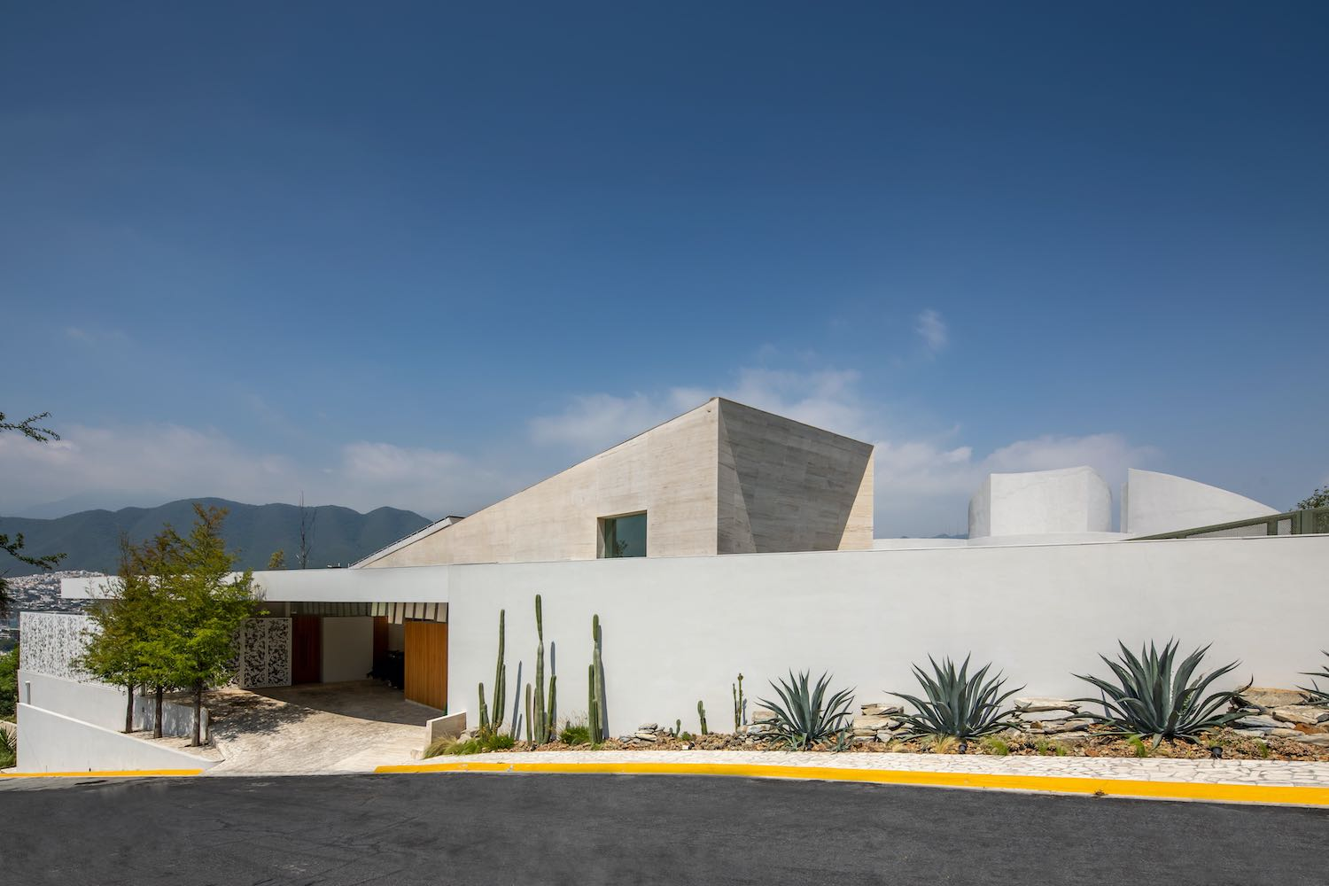 The House of Tubes in Monterrey, Mexico by Enrique Leal - Stato by Grupo Urban