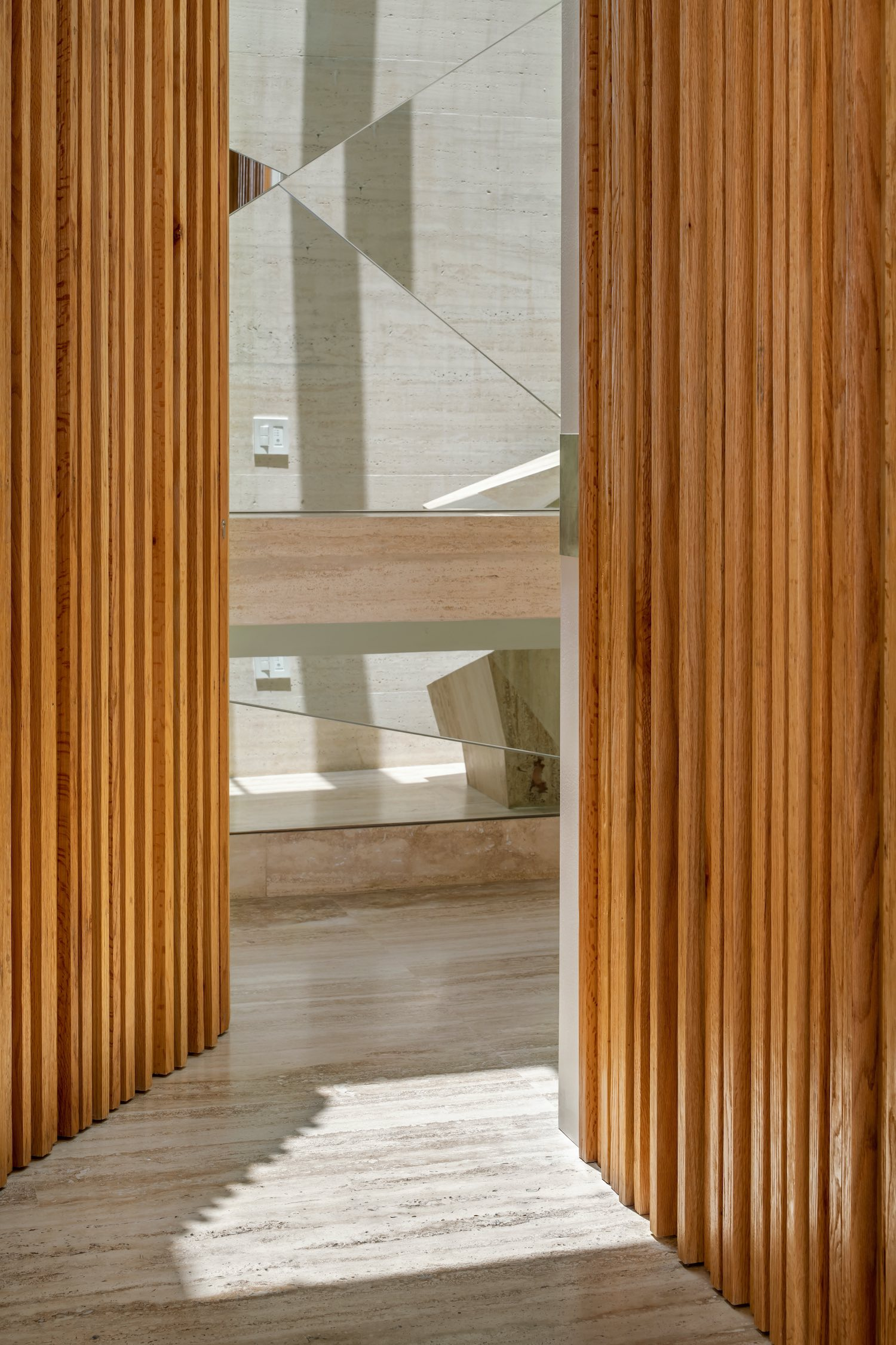 oak wood wall
