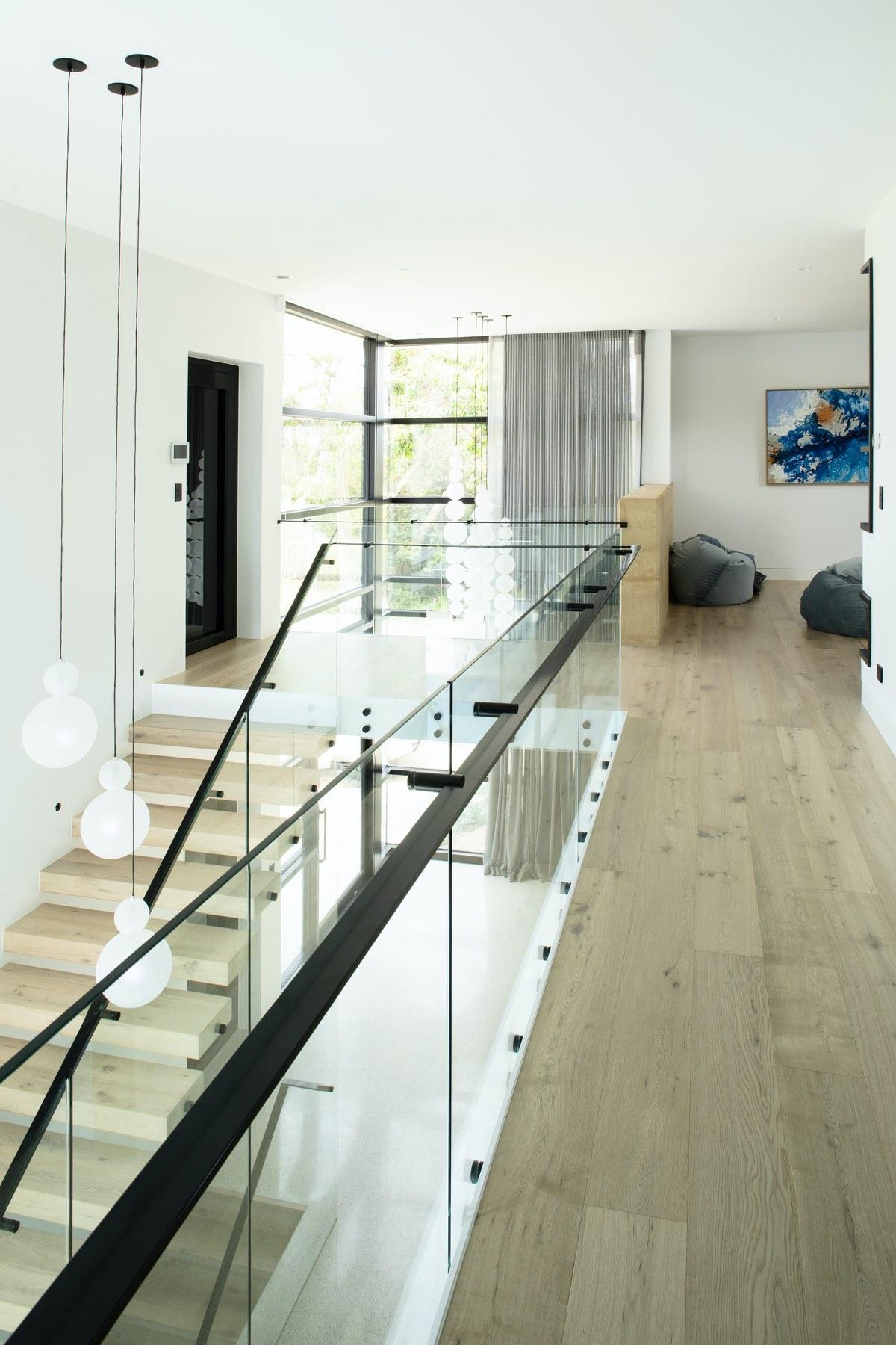 vertical glass windows