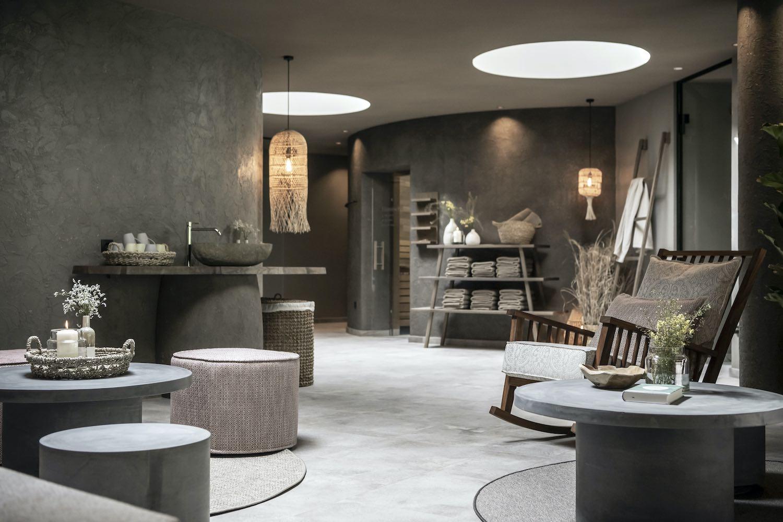 minimal room with luxury and minimalist furniture