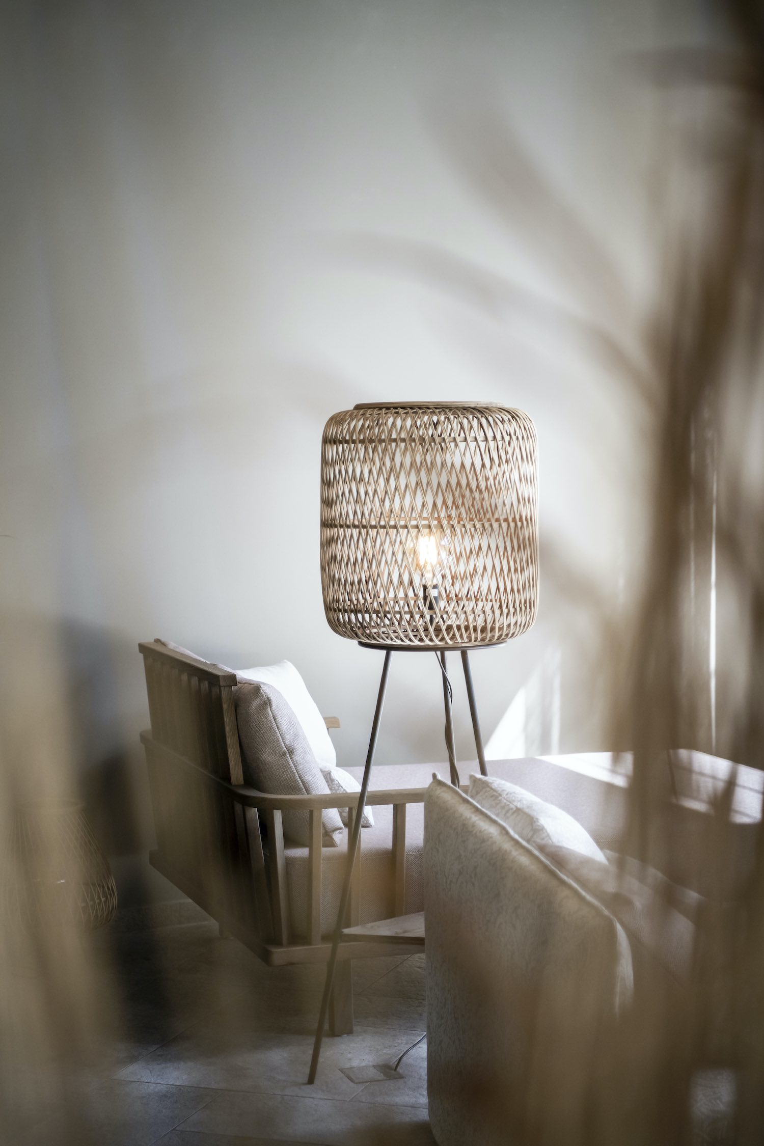 wooden side table lamp