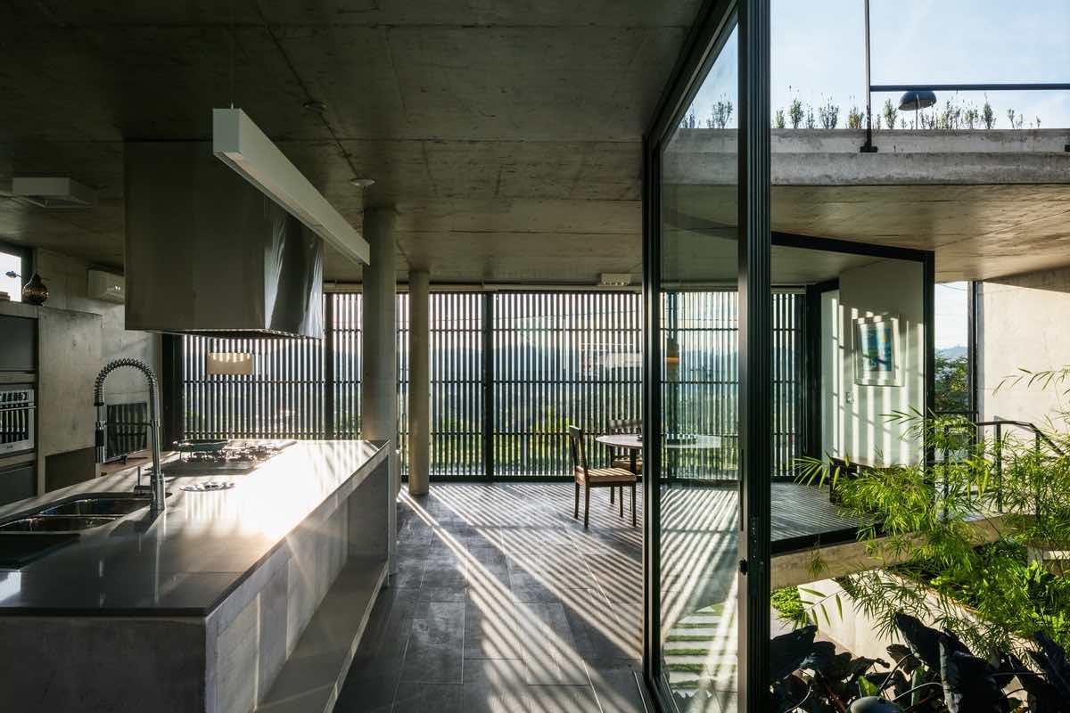 LEnS house designed by OBRA Arquitetos in Sao Paulo Brazil